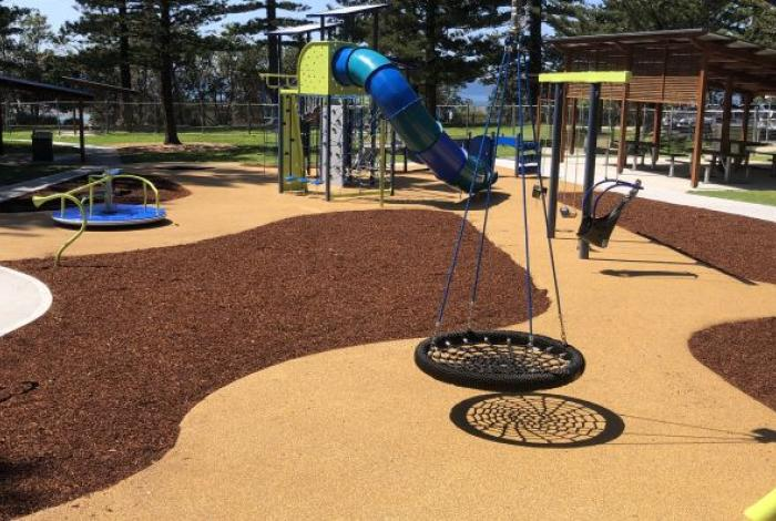 Toowoon Bay district playspace